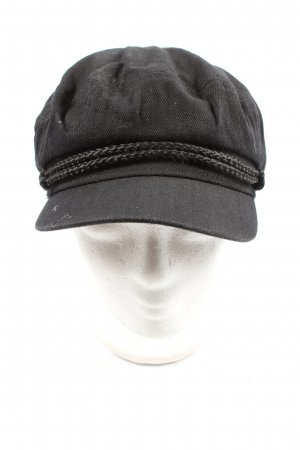Brixton Baker's Boy Cap black casual look