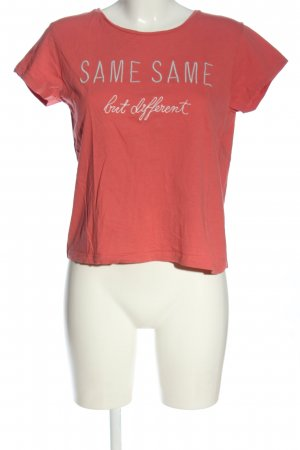 Broadway Print Shirt red-white printed lettering casual look