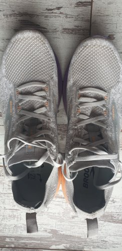 Brooks Levitate 3 Gr.42 1mal getragen