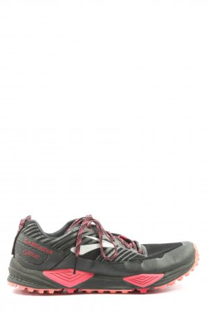 Brooks Lace-Up Sneaker black-red casual look