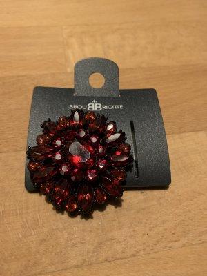 Bijou Brigitte Brooch dark red