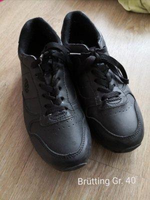 Brütting Sneaker Gr. 40