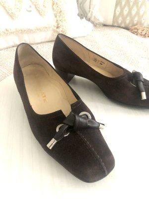 Brunate Classic Court Shoe dark brown