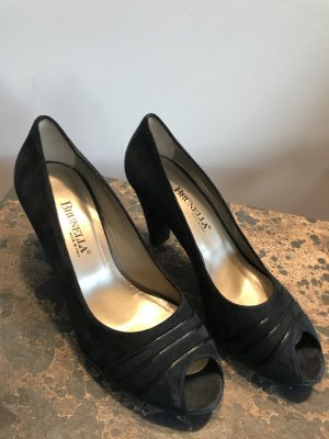 Brunella Classic Court Shoe dark blue leather