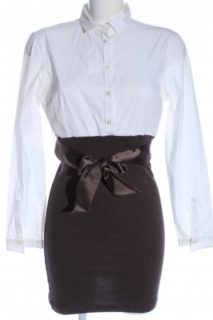 Brunello Cucinelli Robe courte blanc-brun style d'affaires
