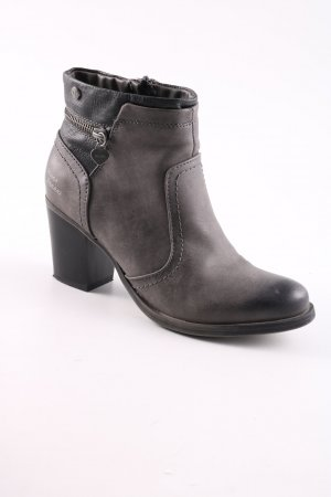 Bruno Banani Zipper Booties brown business style