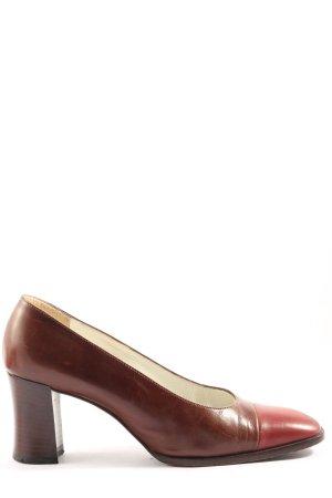 Bruno Magli Chaussure à talons carrés brun-rouge style décontracté