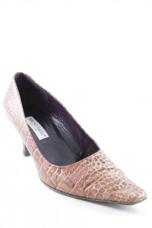 Bruno Magli Pointed Toe Pumps light brown-cream animal pattern extravagant style