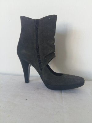 Bruno Premi Cut Out Booties grey leather