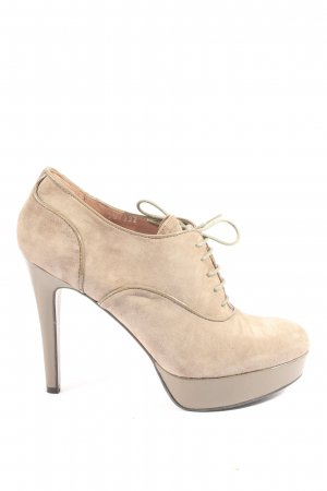 Bruno Premi Platform Pumps cream elegant