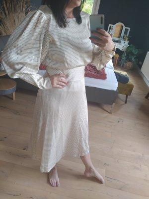 Bruuns Bazaar Kleid Maxikleid Satin Puffärmel