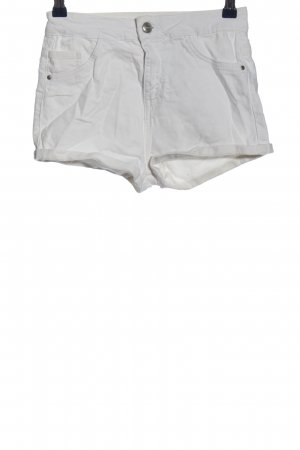 BSK by Bershka Hot Pants light grey casual look