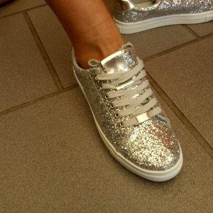 BTS  DeLuxe Sneakers Top Schuhe Größe 38