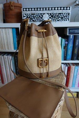 Bucket Bag aus Raffia