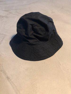 COS Vissershoed zwart