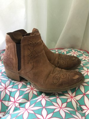 Budapester Ankle Boots