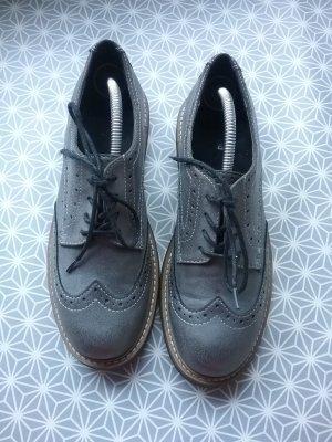 Wingtip Shoes grey
