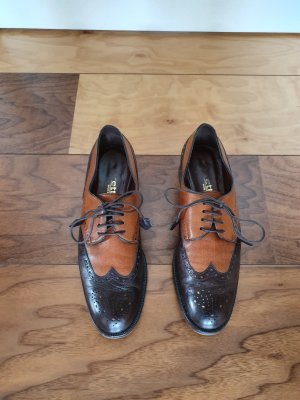 Zapatos Budapest marrón oscuro-coñac