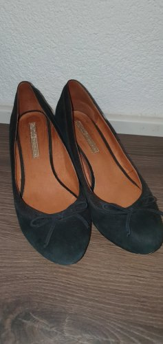Buffalo Wedge Pumps black