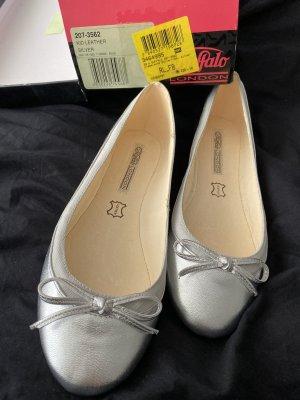Buffalo Strappy Ballerinas silver-colored