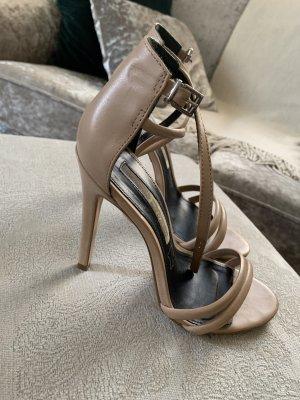 Buffalo beige sandals