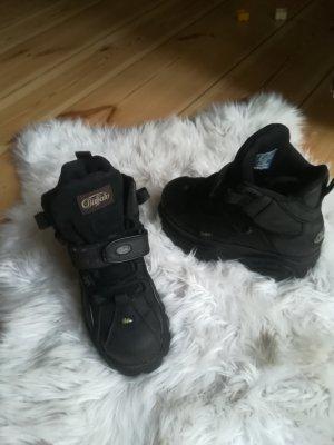 Buffalo Zapatillas con tacón negro