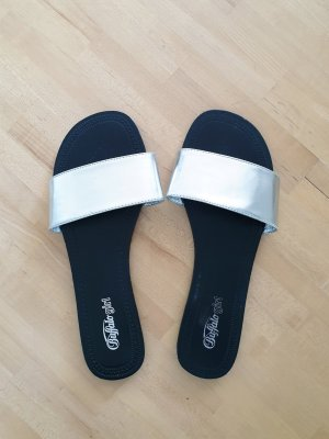 Buffalo girl High-Heeled Toe-Post Sandals black-silver-colored