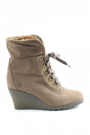 Buffalo girl Snow Boots brown casual look