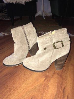 Buffalo High Ankle Heels