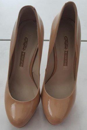 Buffalo High Heels in beige Lack, Gr. 36, NEU