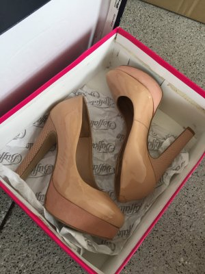 Buffalo London Platform Pumps nude