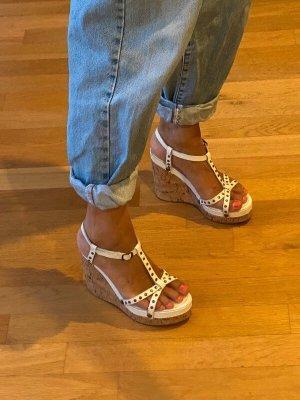 Buffalo Keilabsatz Sandaletten Wedges Espadrilles Sandalen Kork Nieten weiss
