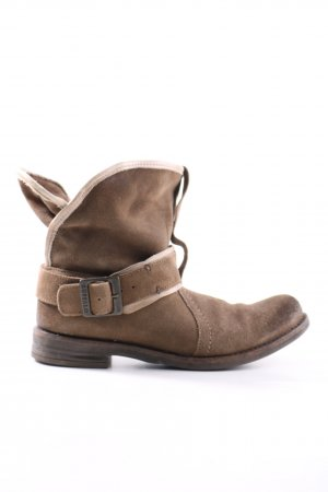 Buffalo Short Boots brown casual look