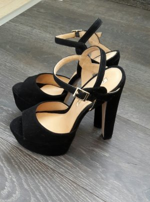Buffalo london High Heels