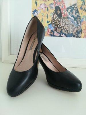Buffalo London Classic Court Shoe black leather