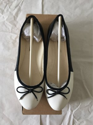 Buffalo London Ballerines classiques noir-blanc
