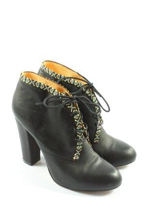 Buffalo London Bottines à lacets noir style décontracté