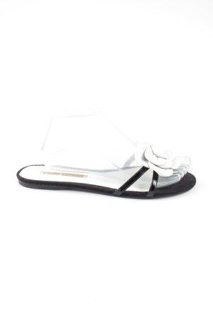 Buffalo London Sandały plażowe czarny-biały Wzór w kwiaty W stylu casual