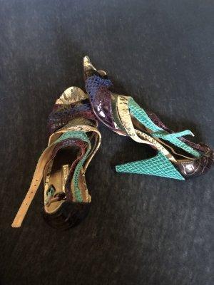Buffalo Sandalen mit passender Tasche