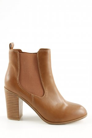 Buffalo Slip-on Booties brown business style