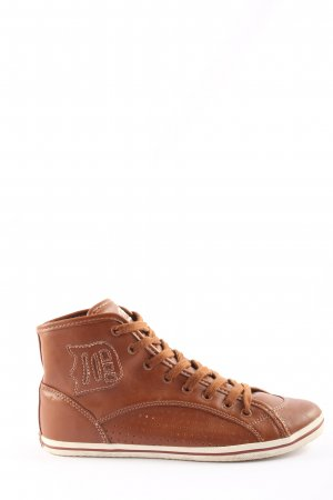 Buffalo Lace-Up Sneaker brown casual look