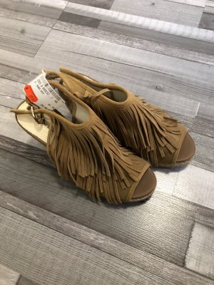 Buffalo Wedge Pumps light brown
