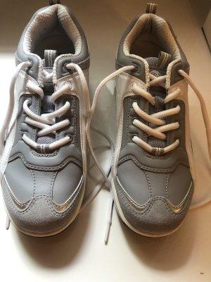 Buffalo Sneakers (39)