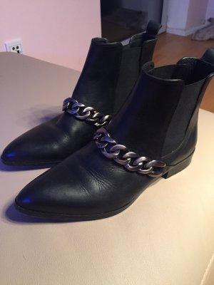 Buffalo Stiefel Boots Stiefeletten schwarz Leder Gr 39 Kette