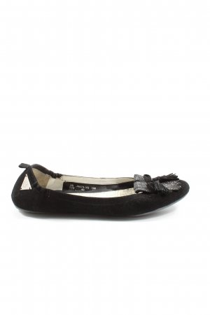 Bugatti Classic Ballet Flats black casual look