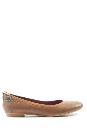 Bugatti Classic Ballet Flats brown casual look