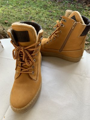 Bullboxer Snow Boots cognac-coloured leather