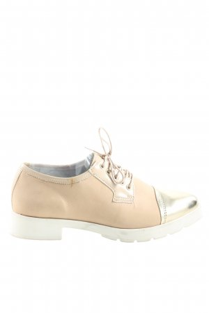 Bullboxer Lace Shoes cream casual look