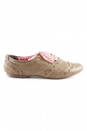 Bullboxer Lace Shoes light brown classic style
