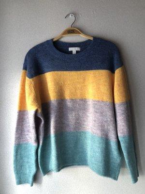 Bunt gestreifter Pullover